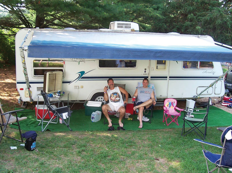 Campsite To Rv Sites Tents To Trailers Jellystone Park